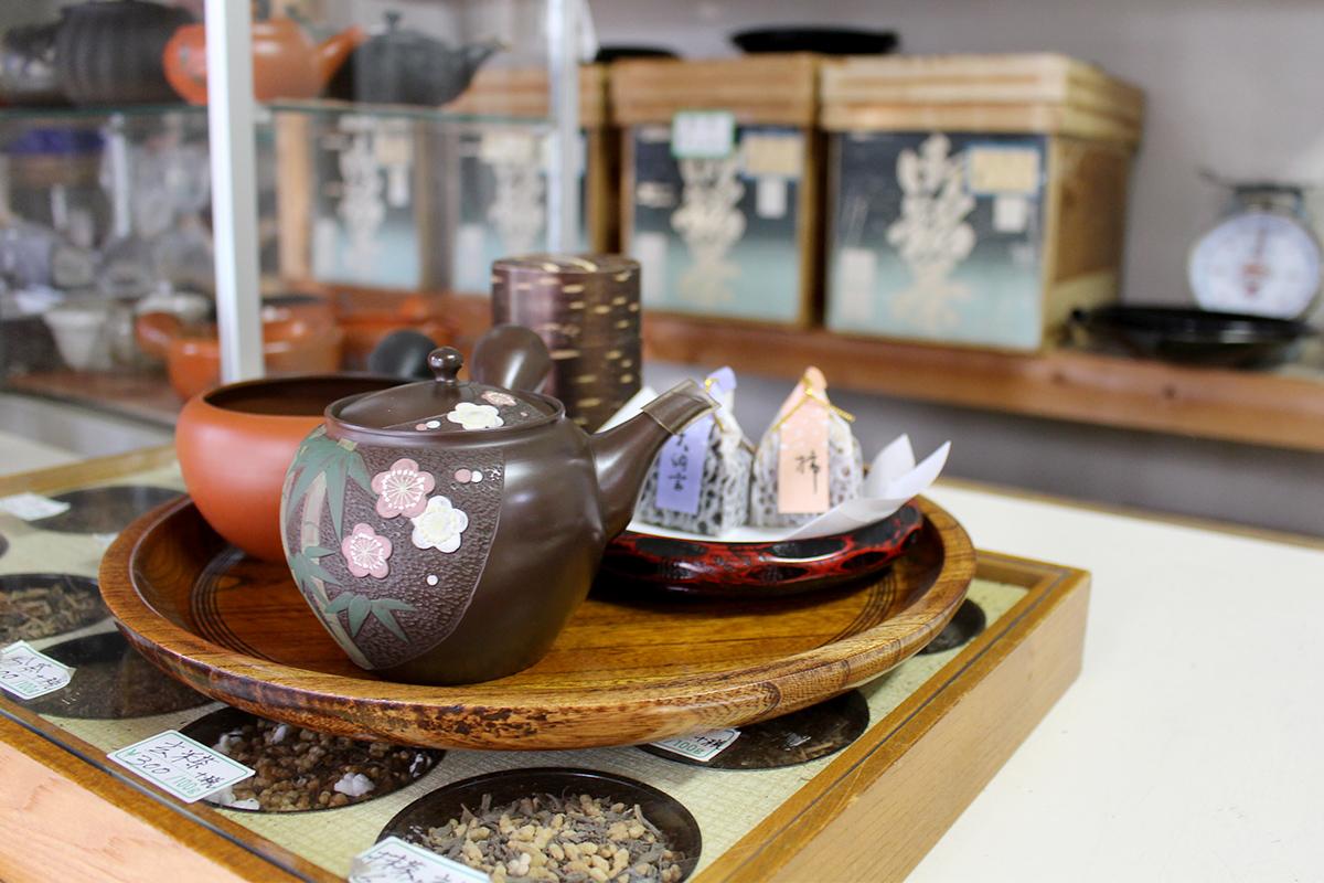 急須などの茶器、茶道具も